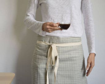 KITCHEN APRON LINEN. Half Apron Crossed stripes green cotton apron for chefs and Bar tenders. Green apron with two pocket and cotton straps