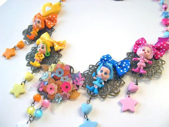 Wacky kawaii necklace colorful over the top ultimate lolita manga animé japan