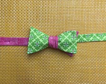 Green diamonds & hot pink dots