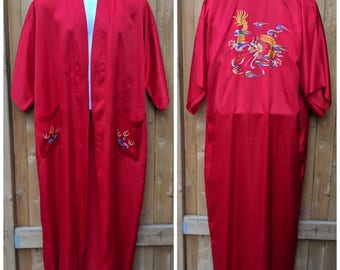 Vintage 1980s Red Hand Embroidered 100% Rayon Kimono Style Dressing Gown / Robe / Kimono made in Hong Kong