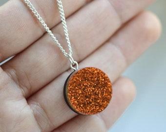 Glitter dot necklace - orange