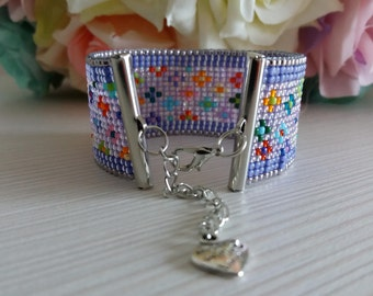 Beaded bracelet, unique, perfect gift, colours of the world, miniflowers