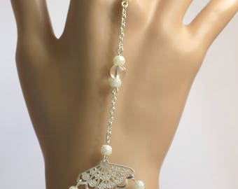 Handmade jewelry range brass silver Pearl rock crystal and Pearl White pigmented beads