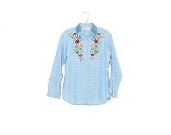 beautiful embroidered womens blouse / vintage 90s chambray shirt denim shirt cotton shirt button up shirt dress shirt peasant blouse