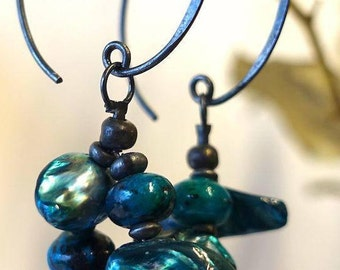 Earrings: oxidized silver and turquoise freshwater pearls