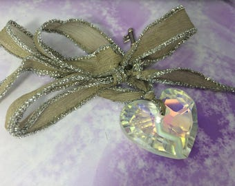 Necklace short silk taupe large Crystal heart