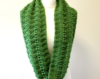 INSTANT DOWNLOAD, Crochet Scarf Pattern, Crochet Pattern, Scarf Pattern, Crochet Scarf, Scarf, Crochet, Cowl Scarf - The Emilia Scarf