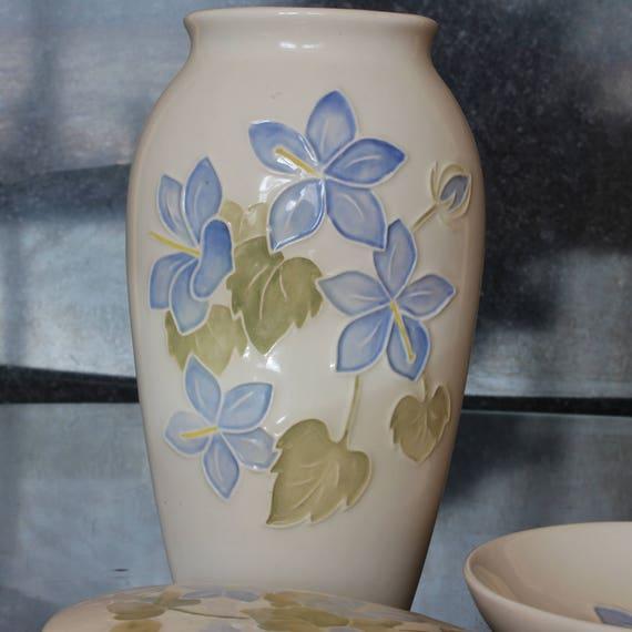 Moorcroft Pottery Blue Campanula Pattern Vase Trinket Box