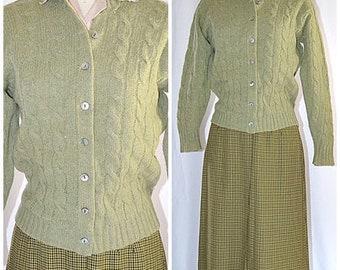 Vintage 1960s Moss Green Cable Knit Shetland Wool Cardigan Sz M