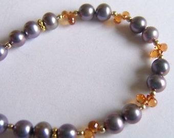 Bracelet gold, pearls and orange sapphire