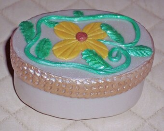Personalize Keepsake gift box, Trinket Box,Oval Shape, Unique Gift, Polymer Clay Design, Ring Box, Jewelry Box