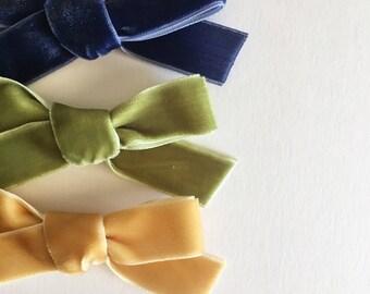 Velvet bows | baby headband | nylon headband | velvet | clip | girl | toddler