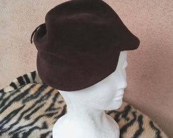 Vintage 1940s Hat 40s Tilt Hat Sculptural Brown Wool