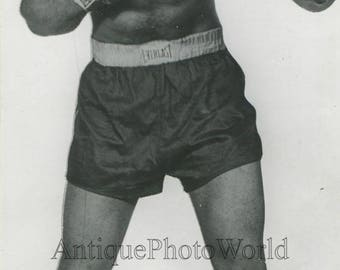 Dixie Oliver boxer in fighting pose vintage photo