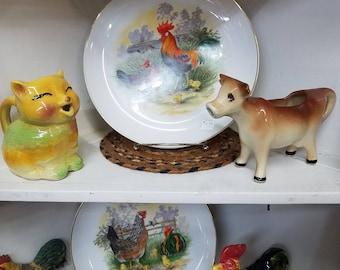 Vintage chicken plates