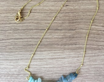 Ombre blue stone & gold necklace