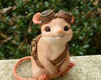 Giswald - Steampunk Mouse Myxie Pal Sculpture