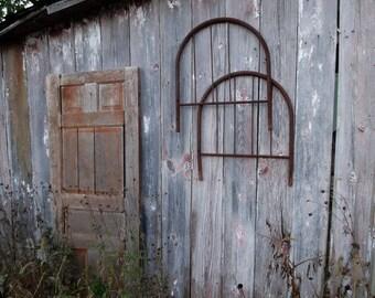 Junk Style Headboards...Salvage Style Dog Bed Project...Junk Gypsy Wall Art...Barn Find...Rusty Junk...Urban Loft...Vintage Farmhouse...yep!