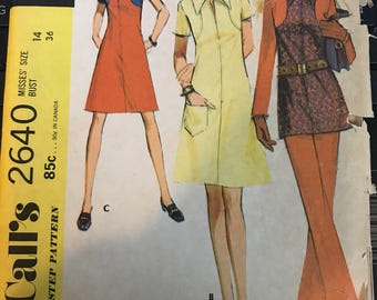 Vintage 70s McCall's 2640 Dress Pattern-Size 14 (36-27-38)