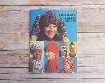 Knit Book How To Knit Hats Gloves Scarves Mittens Bernat Hats Scarves And Mittens Booklet 1970s Vintage Knitting Book 70s Retro Fashion Chic