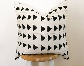 Authentic African Textile Pillow Cover//Mudcloth