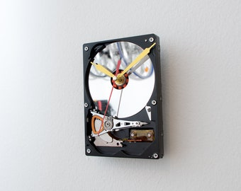 Geek Gift, Hard Drive Clock, Steampunk Clock, Computer Wall Clock, Industrial Modern Black Clock, Unique Clock, Boyfriend gift, Unique Gift