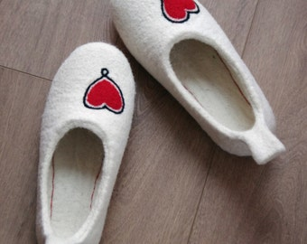 gift for wife - felted slippers - women hause slipper - natural felt wool slippers