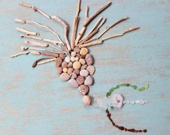 Natural Elements Beachcomber Collection of Driftwood Pieces, Seaglass , and Stones for Home Decor BCc100
