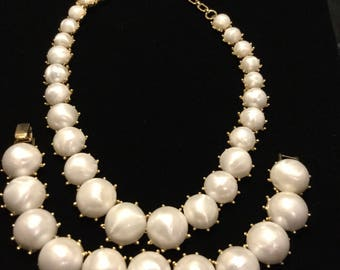 CROWN TRIFARI  Faux Pearl Cabachon Necklace and Bracelet