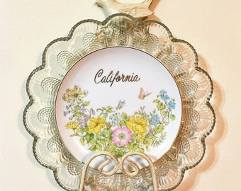 California Love • Vintage Repurposed Travel California Floral Collector Wall Plate • Kitsch • Floral