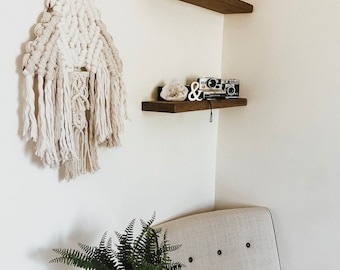 Two-Toned Macrame Wall Hanging