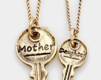 2 necklaces ( mother and dothger )