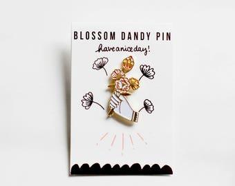 Blossom Dandy Pin