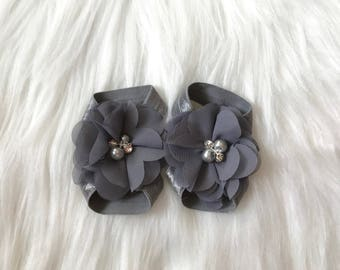 Gray Barefoot Sandals, Baby Barefoot Sandals, Baby Girl Sandals, Baby Sandals, Newborn Shoes, Baby Shoes, Baby Girl Shoes, Newborn Sandals
