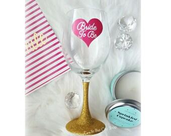 Bride Wine Glass, Bride to Be Wine Glass, Bridal Shower Wine Glass, Bachelorette Wine Glass, Engagement Wine Glass, Wedding Wine Glass