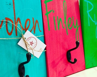 Personalized name Hook - Kids Backpack Hook - Towel Hook - Personalized Wood Sign - Bathroom Hooks -Wood Hooks  - Kids Coat hook