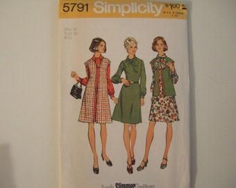Simplicity 5791 size 16 Uncut