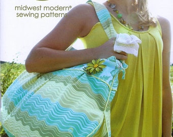 Amy Butler Patterns / Field Bag & Tote / sewing Pattern / SHIPS FREE with Fabric Purchase