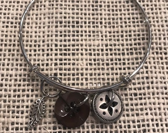 Button bangle with leaf charm!