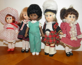 Vinyl 8inch Dolls