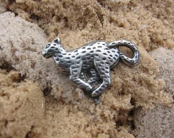 Cheetah Lapel Pin - CC282- Cheetah, Cat, Feline, African Animals, Wildlife and Zoo Pins