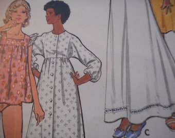 Vintage 1970's Butterick 3166 Gown and Robe Sewing Pattern Size 16 Bust 38
