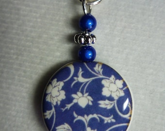 Porcelain handmade illustrated on chain link baroque style necklace