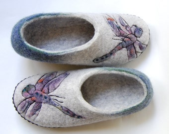 Dragonfly art felted slippers for women, Grey and emerald green Wool house shoes with leather soles, Handmade slippers - to order