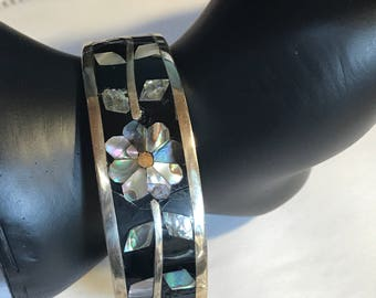 Alpaca Mexico Sterling Silver Bracelet with Abalone