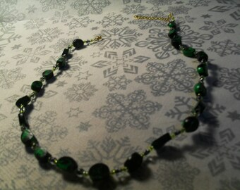 beautiful necklace unique, stylish and original green and black