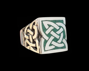 Celtic ring - Sterling Silver Celtic Knot ring with green malachite chips- All sizes -