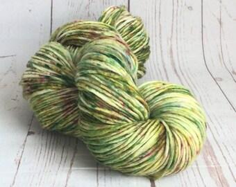 Hand Dyed Yarn, Speckled Yarn, Greens,Wool, Indie Dyer, Multicoloured, Singles/Roving Yarn, ilovepinkgeraniums