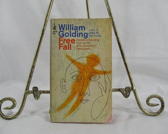 Free Fall  Golding, William  Published by Pocket Books (1967) Author of Lord of the Flies, a powerful disturbing novel, vintage book