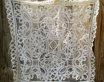 "JUNE WEDDING SALE Tablecloth 1940's 28"" by 28"" Antique Bruge? Bobbin Lace"